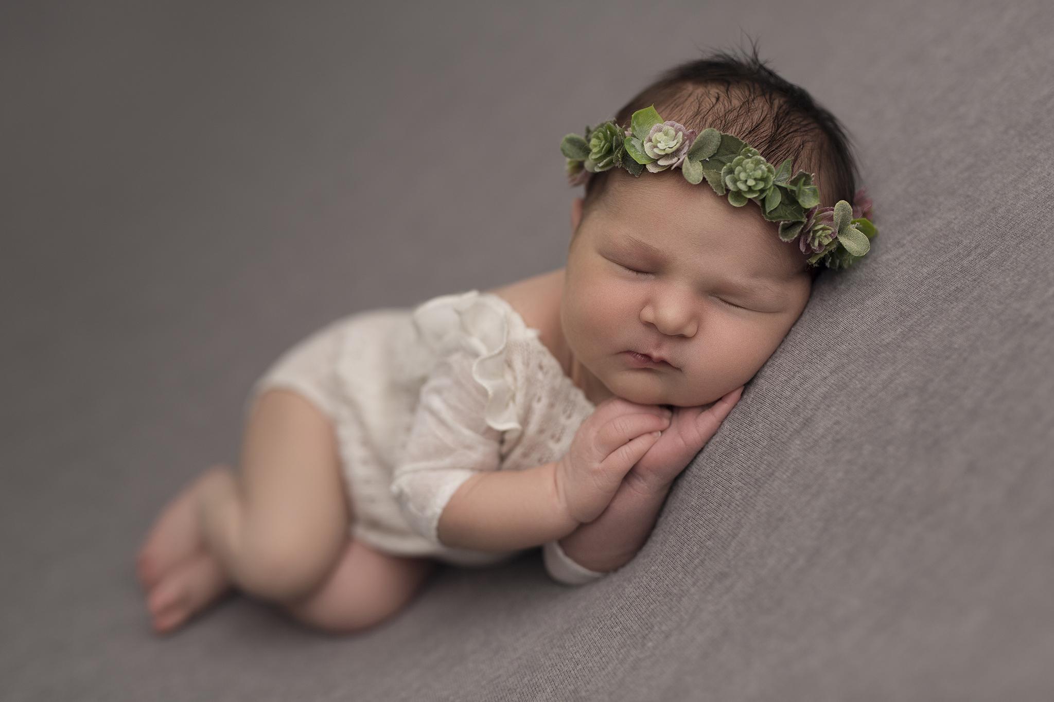 újszülött-fotózás-Eszter-09